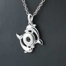 Load image into Gallery viewer, Metal Dolphin Snap Buttons Necklace