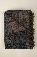 Load image into Gallery viewer, Tasseled wool throw - lapis paisley