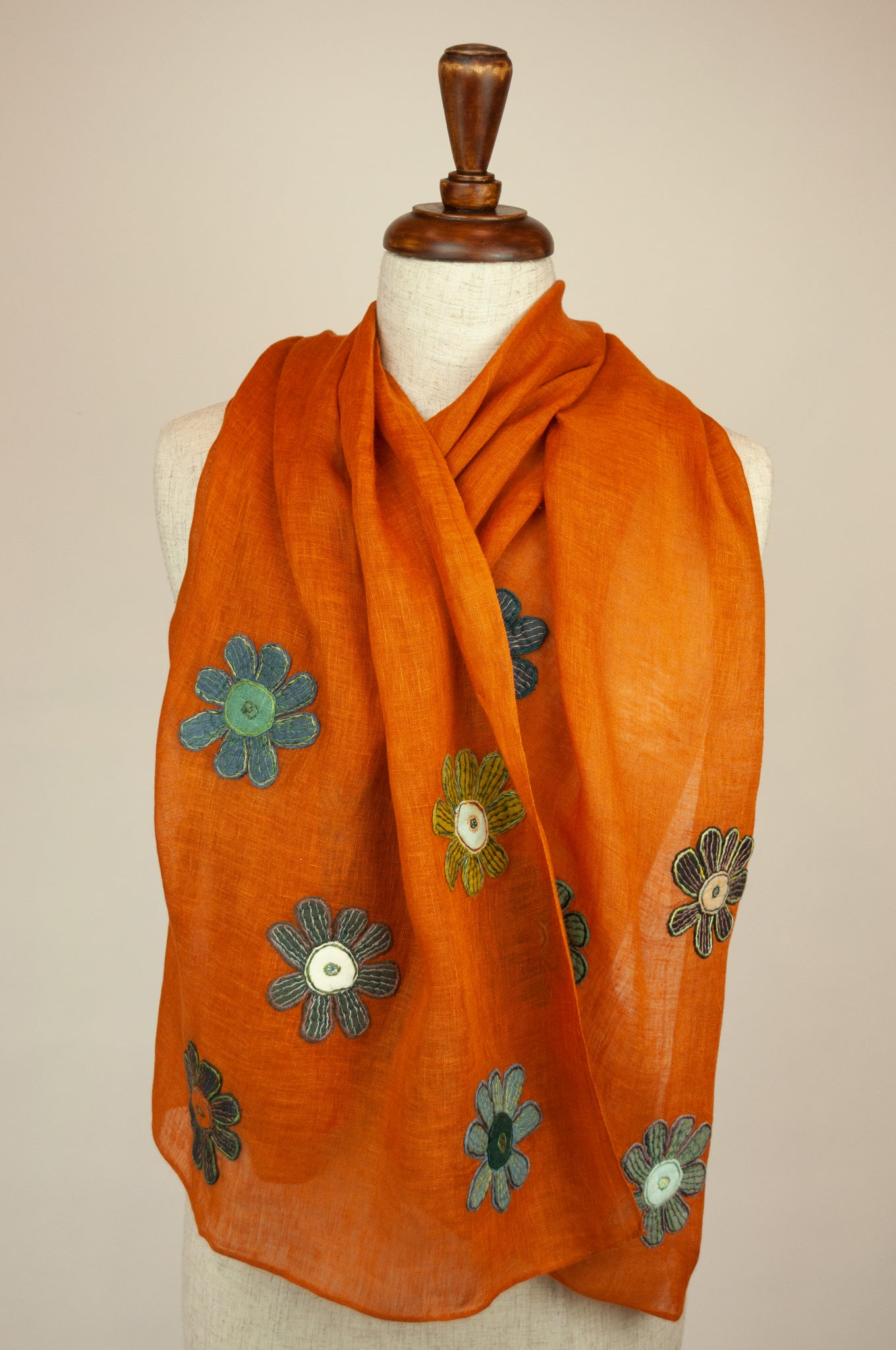 Sophie Digard scarf - Saffron embroidered flowers