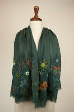 Load image into Gallery viewer, Sophie Digard scarf - Appliqued wool flowers