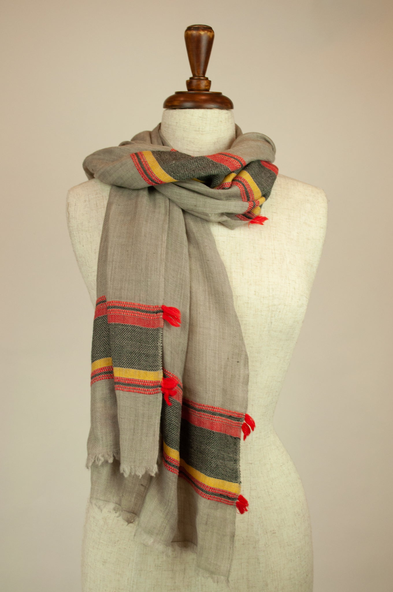 JH Himalayan scarf - natural stripe