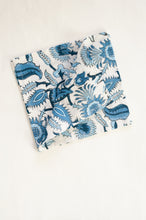 Load image into Gallery viewer, Létol scarf - Milan Fab's dream