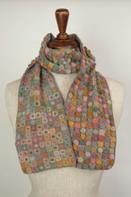 Load image into Gallery viewer, Sophie Digard scarf - Roses en Relief Liliput