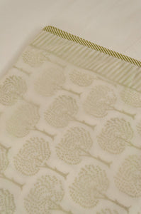 Soft cotton muslin layered single bed quilt summer blankets, green tree of life on white.