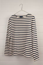 Load image into Gallery viewer, Saint James classic Meridame blue and ecru striped fisherman's long sleeved t-shirt, made in France.