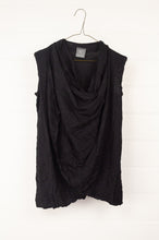 Load image into Gallery viewer, Valia long twisted vest in black wool polyamide knit.