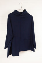 Load image into Gallery viewer, Banana Blue pullover - navy