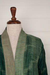 Neeru Kumar long kimono jacket in shibori dyed silk, green with latte highlights, cotton lining, lightly quilted (close up).