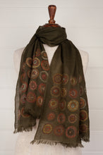 Load image into Gallery viewer, Sophie Digard embroidered scarf, Earth palette, concentric circles on an olive background. Montre et Boussole.
