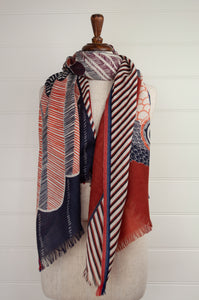 Inouitoosh pure wool scarf 70x190cm Aquila (eagle) in rustable and white with border stripe.