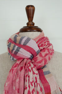 Létol organic cotton jacquard scarf, made in France. Georgia design in Tutu, stripes and abstract animal print in shades of pink, with highlights in silver grey, burgundy and crimson.