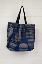 Load image into Gallery viewer, Létol medium reversible tote bag made in France from organic cotton in stripes and dots design in shades of blue.