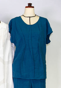 Kimberley Tonkin S2020 collection, Fisher pleat top in teal linen.