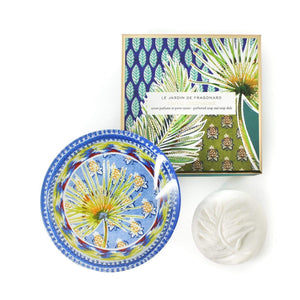 Fragonard gift set of French soap and matching glass dish, beautifully boxed. Santal cardamome (sandalwood cardamom).