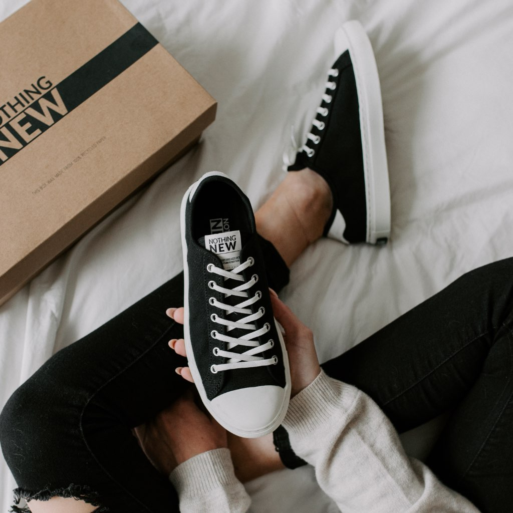 Women's Low Top | Black x Off-White