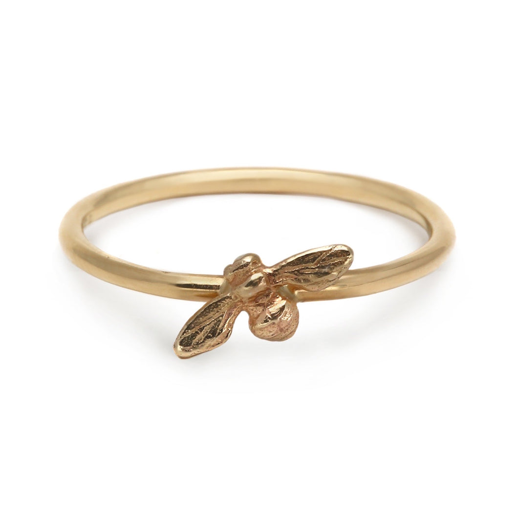 Bee Stacking Ring (Yellow Gold)