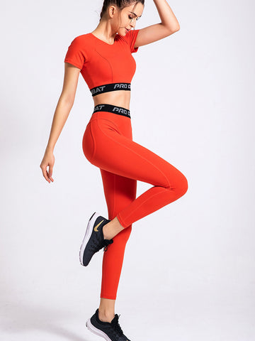 2020 New Solid Color Sleek Yoga Suit