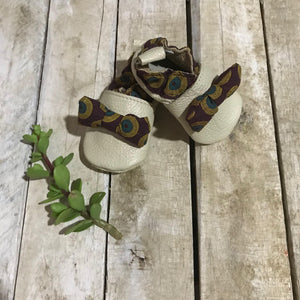 Naledi Shweshwe Brown Bow Baby Shoes