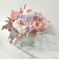 Everlasting Flower Table Arrangement
