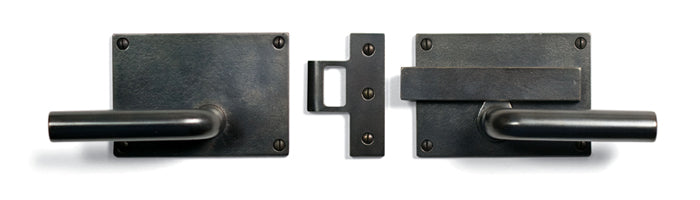 "Sun Valley Bronze SVB- CS-GL900  Slide Bar Gate Latch Passage Set  5"" x 3 1/2""  Shown with L-112 Tube Lever"