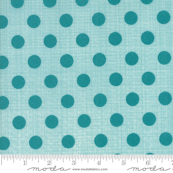 Circulus by Jen Kingwell - Movelty Dots in Lagoon (18131-16)