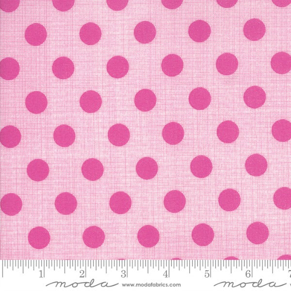 Circulus by Jen Kingwell - Movelty Dots in Petunia (18131-21)