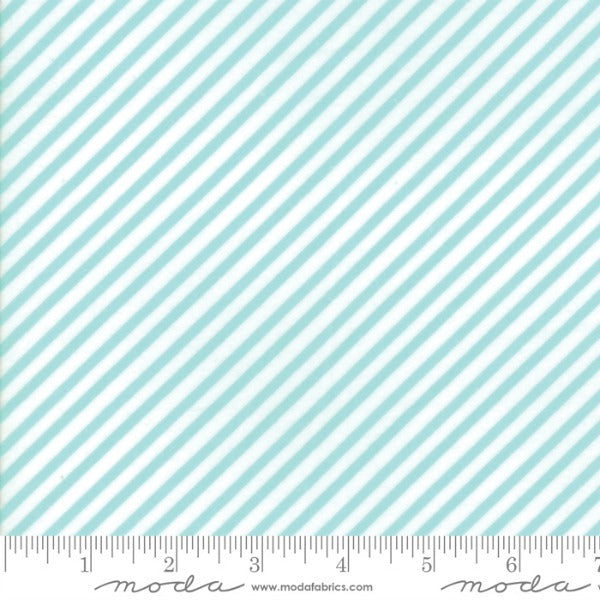 Vintage Holiday by Bonnie and Camille - Bias Candy Stripe in Aqua (55168-22)