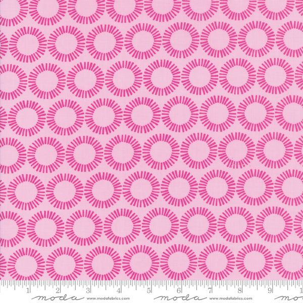 Bungalow by Kate Spain - Curio in Fuchsia (27296-18)