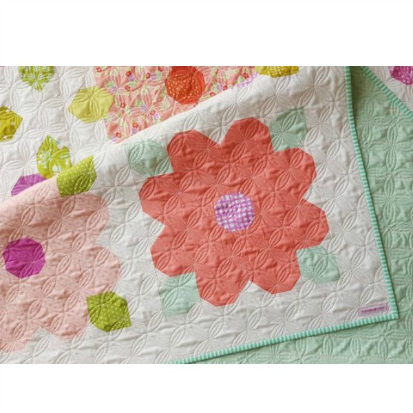 Pattern - Summer Blossoms by Woodberry Way