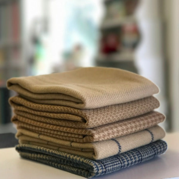 Fat Quarter Wool Bundle Tan (WLFQB5)