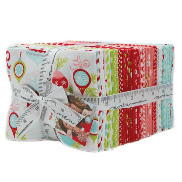Vintage Holiday by Bonnie and Camille - Fat Quarter Bundle (55160AB)