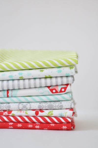 Vintage Holiday by Bonnie and Camille - Fat Quarter Bundle No 144