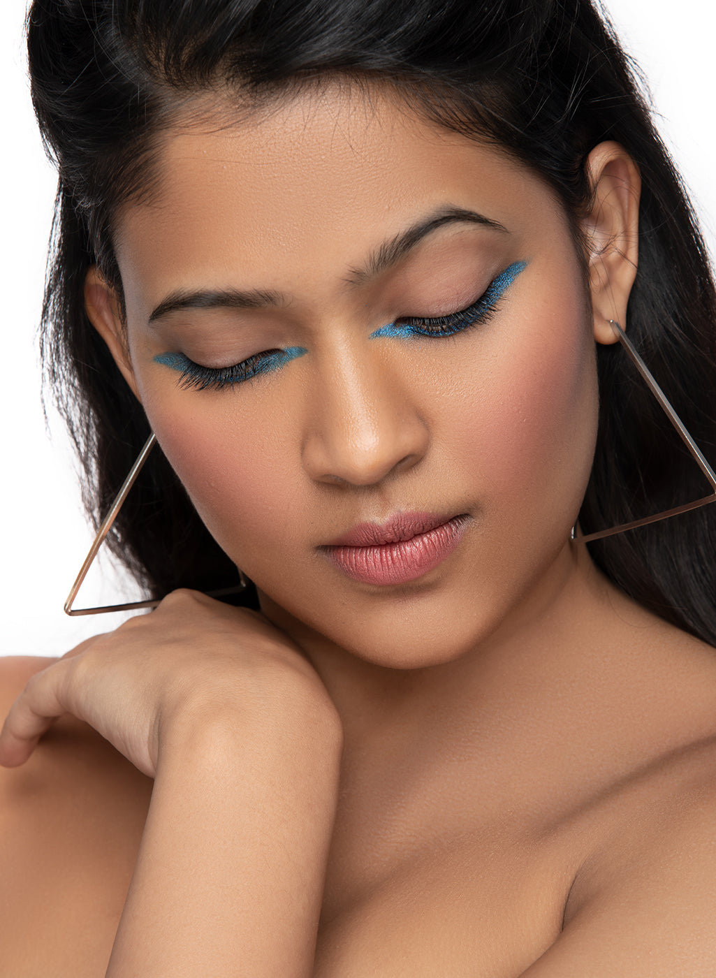 SUGAR Cosmetics Kohl Of Honour Intense Kajal - 06 Blue Moon (Metallic Baby Blue)