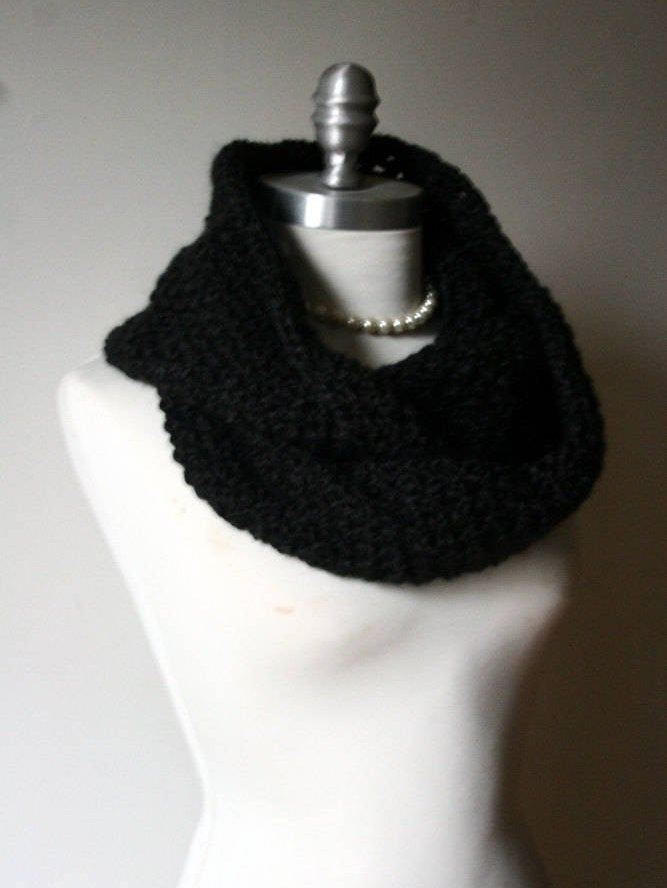 ONYX | Signature Series Infinity Scarf (Mini)