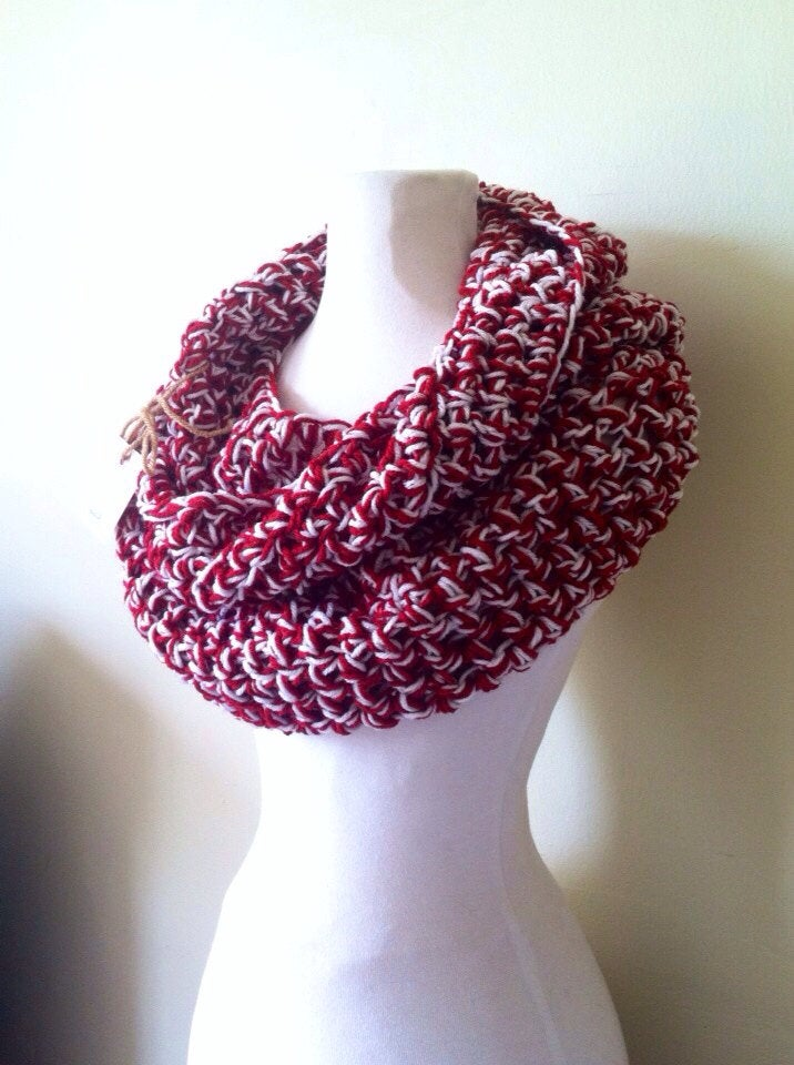 Valentine's Day | Simple Series Infinity Scarf