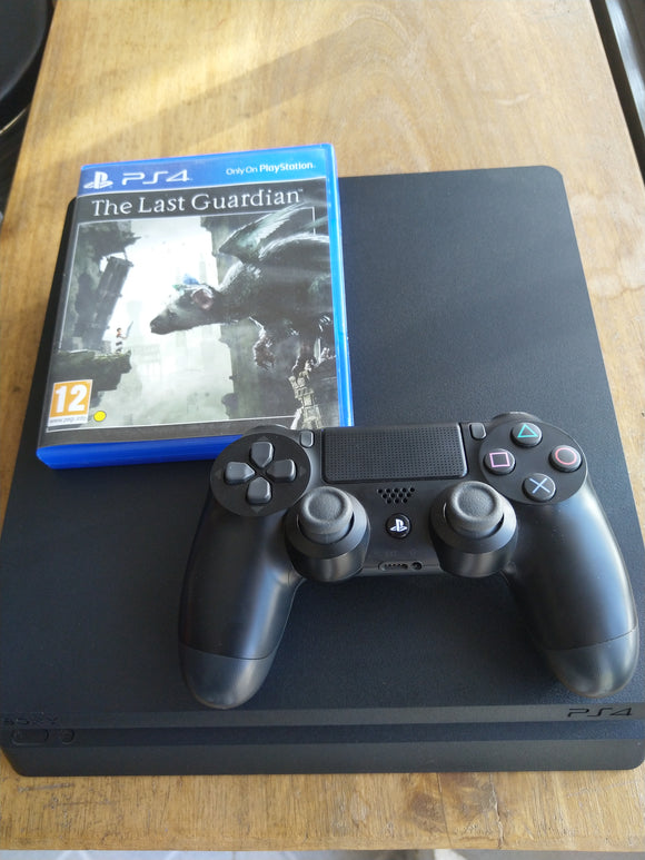 CONSOLA PLAYSTATION 4 SLIM 1 Comando oferta 1 jogo- SEMINOVO - 500gb