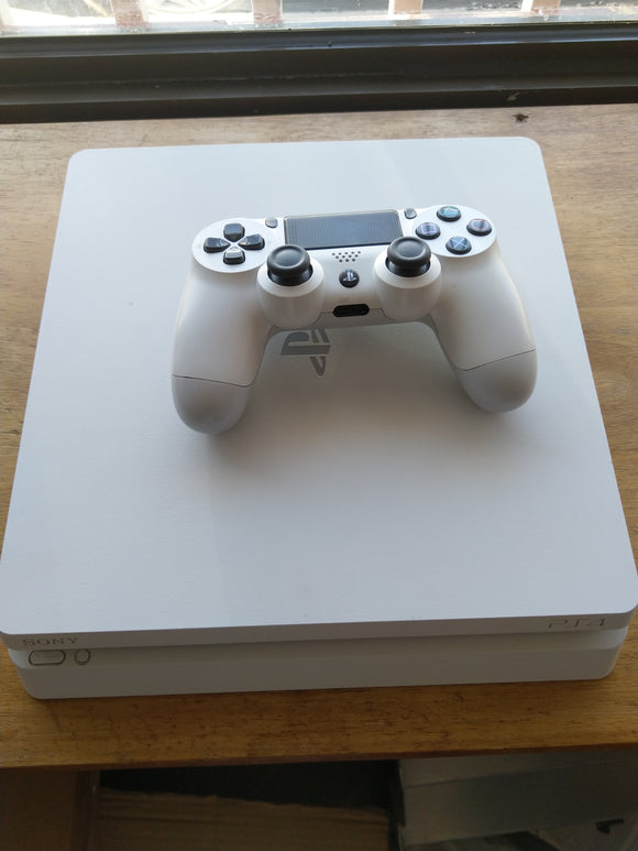 CONSOLA PLAYSTATION 4  BRANCA - SEMINOVO - 500gb