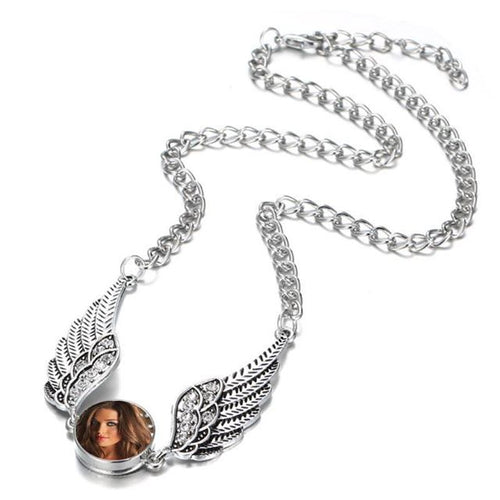 Small Angel Wings Necklace - clearance