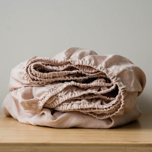 Linen Fitted Sheet In Light Pink