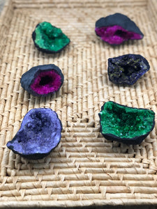 Moroccan Geode Halves (dyed)