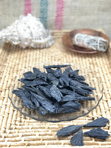 Black Kyanite Blades - The Pearl of Door County