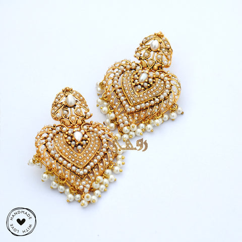 Pearly Love Earrings