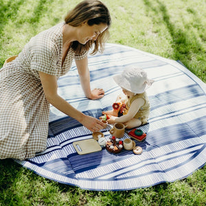 Basil Bangs \\ Atlantic Love Rug (Picnic Mat)