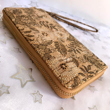 Load image into Gallery viewer, Floral Print Cork Wallet / Clutch