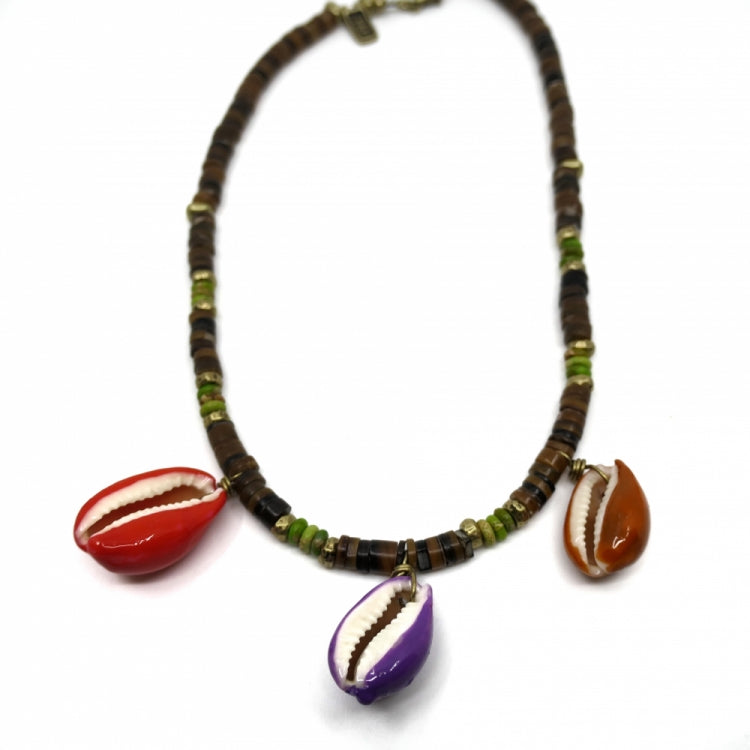 INDOCHINE COLLECTION THREE SHELL SURF CORAL NECKLACE
