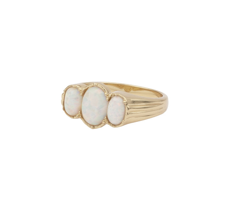 RING OVAL WHITE