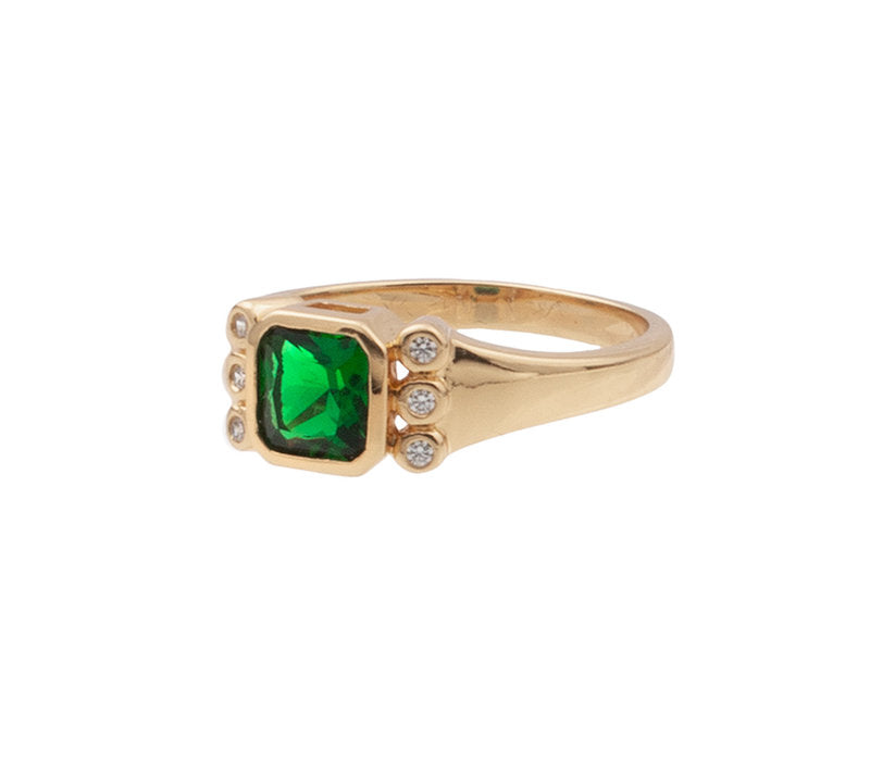 RING SQUARE GREEN CLEAR