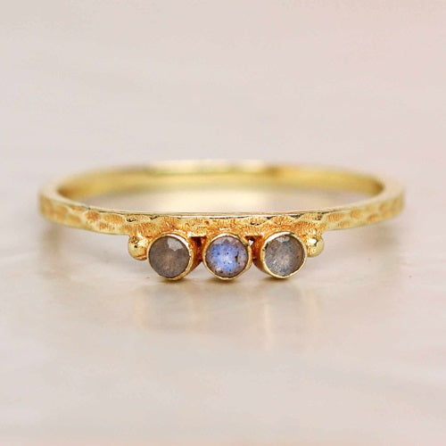 LABRADORITE DOTS RING