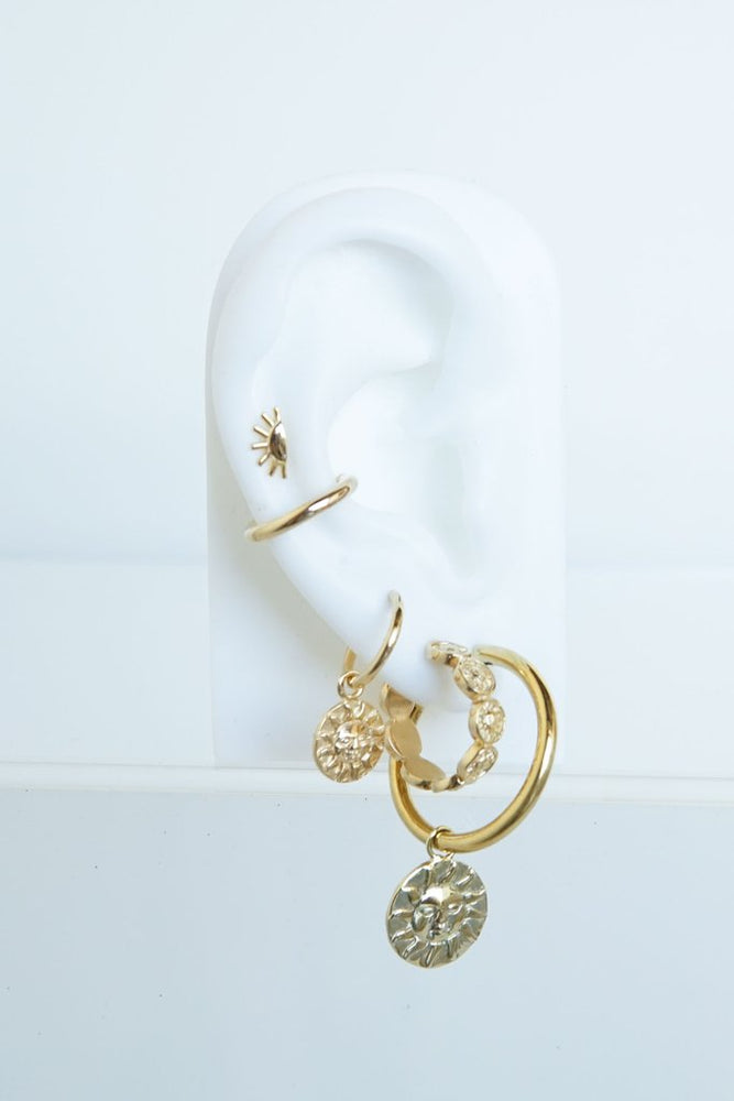 WILDTHINGS IVORY COLOR HEART EARRING
