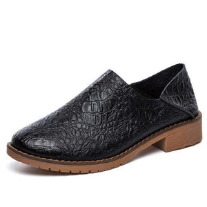 Shoes - Women Genuine Emboss Round Toe Slip On Shoes